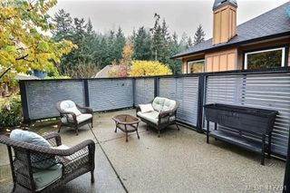 Photo 8: 2158 Stone Gate in VICTORIA: La Bear Mountain Single Family Detached for sale (Langford)  : MLS®# 417791