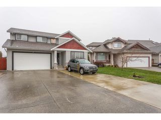 Photo 2: 30667 STEELHEAD Court in Abbotsford: Abbotsford West House for sale : MLS®# R2423053
