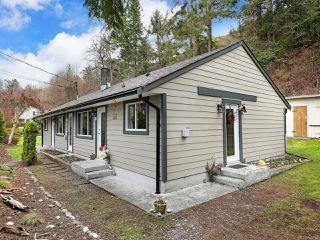 Photo 3: 1545 Kye Bay Rd in COMOX: CV Comox (Town of) Full Duplex for sale (Comox Valley)  : MLS®# 835740
