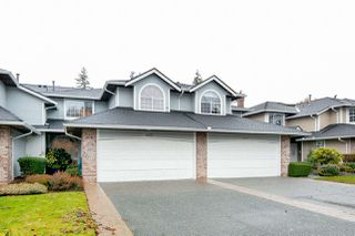 "Photo 1: 6071 W BOUNDARY Drive in Surrey: Panorama Ridge Townhouse for sale in ""BOUNDARY PARK"" : MLS®# R2445445"