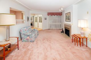 "Photo 5: 6071 W BOUNDARY Drive in Surrey: Panorama Ridge Townhouse for sale in ""BOUNDARY PARK"" : MLS®# R2445445"