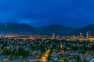 """Photo 3: 2104 5652 PATTERSON Avenue in Burnaby: Central Park BS Condo for sale in """"Central Park Place"""" (Burnaby South)  : MLS®# R2463134"""
