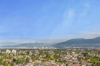 """Photo 6: 2104 5652 PATTERSON Avenue in Burnaby: Central Park BS Condo for sale in """"Central Park Place"""" (Burnaby South)  : MLS®# R2463134"""
