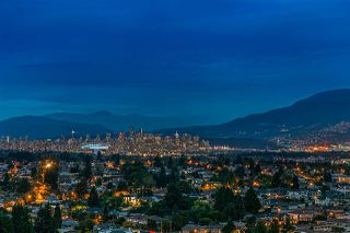 """Photo 2: 2104 5652 PATTERSON Avenue in Burnaby: Central Park BS Condo for sale in """"Central Park Place"""" (Burnaby South)  : MLS®# R2463134"""