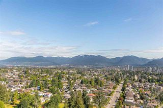 """Photo 1: 2104 5652 PATTERSON Avenue in Burnaby: Central Park BS Condo for sale in """"Central Park Place"""" (Burnaby South)  : MLS®# R2463134"""