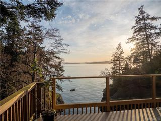 Photo 2: 7931 Plumper Way in Pender Island: GI Pender Island Single Family Detached for sale (Gulf Islands)  : MLS®# 834418