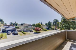 """Photo 6: 5159 GALWAY Drive in Delta: Pebble Hill House for sale in """"PEBBLE HILL"""" (Tsawwassen)  : MLS®# R2485472"""