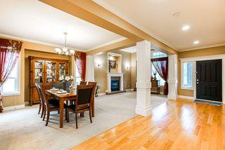 """Photo 7: 10620 CHERRYHILL Court in Surrey: Fraser Heights House for sale in """"Fraser Heights"""" (North Surrey)  : MLS®# R2499587"""
