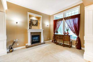 """Photo 3: 10620 CHERRYHILL Court in Surrey: Fraser Heights House for sale in """"Fraser Heights"""" (North Surrey)  : MLS®# R2499587"""