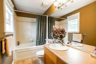 """Photo 27: 10620 CHERRYHILL Court in Surrey: Fraser Heights House for sale in """"Fraser Heights"""" (North Surrey)  : MLS®# R2499587"""