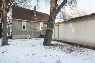 Photo 15: 56 Cunnington Avenue in Winnipeg: Elm Park Residential for sale (2C)  : MLS®# 202028834