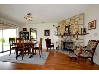 Photo 5: RAMONA House for sale : 3 bedrooms : 807 7th