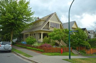 """Photo 1: 1476 GRAVELEY Street in Vancouver: Grandview VE House for sale in """"COMMERCIAL DRIVE"""" (Vancouver East)  : MLS®# V903688"""