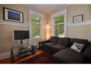 """Photo 8: 1476 GRAVELEY Street in Vancouver: Grandview VE House for sale in """"COMMERCIAL DRIVE"""" (Vancouver East)  : MLS®# V903688"""