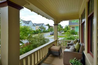 """Photo 3: 1476 GRAVELEY Street in Vancouver: Grandview VE House for sale in """"COMMERCIAL DRIVE"""" (Vancouver East)  : MLS®# V903688"""