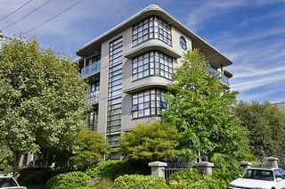 """Photo 1: 404 2828 YEW Street in Vancouver: Kitsilano Condo for sale in """"BEL AIR"""" (Vancouver West)  : MLS®# V914119"""