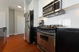 """Photo 13: 404 2828 YEW Street in Vancouver: Kitsilano Condo for sale in """"BEL AIR"""" (Vancouver West)  : MLS®# V914119"""