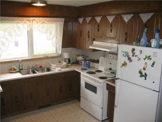 Photo 4: 135 Hiddleston Cr. in Winnipeg: Residential for sale (Maples)  : MLS®# 1009180