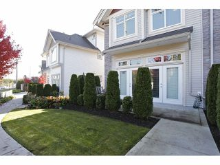 "Photo 20: 2 15454 32ND Avenue in Surrey: Grandview Surrey Townhouse for sale in ""Nuvo"" (South Surrey White Rock)  : MLS®# F1324116"