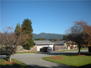 Photo 2: 1427 MCBRIDE ST in North Vancouver: Norgate House for sale : MLS®# V1034024