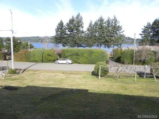 Photo 3: 7621 Ships Point Rd in FANNY BAY: CV Union Bay/Fanny Bay Manufactured Home for sale (Comox Valley)  : MLS®# 662824