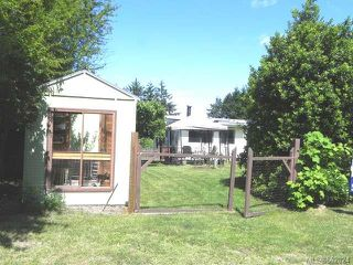Photo 6: 7621 Ships Point Rd in FANNY BAY: CV Union Bay/Fanny Bay Manufactured Home for sale (Comox Valley)  : MLS®# 662824
