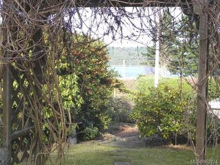 Photo 2: 7621 Ships Point Rd in FANNY BAY: CV Union Bay/Fanny Bay Manufactured Home for sale (Comox Valley)  : MLS®# 662824
