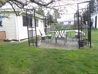 Photo 4: 7621 Ships Point Rd in FANNY BAY: CV Union Bay/Fanny Bay Manufactured Home for sale (Comox Valley)  : MLS®# 662824