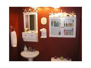 Photo 13: 5833 TRAIL Avenue in Sechelt: Sechelt District House for sale (Sunshine Coast)  : MLS®# V1050172