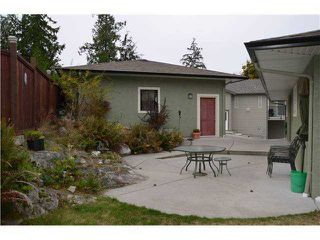 Photo 1: 5833 TRAIL Avenue in Sechelt: Sechelt District House for sale (Sunshine Coast)  : MLS®# V1050172