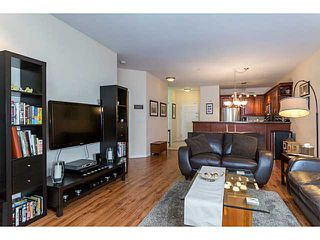 Photo 5: 123 2109 ROWLAND Street in Port Coquitlam: Central Pt Coquitlam Condo for sale : MLS®# V1058408