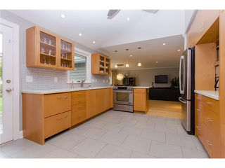 """Photo 8: 8920 CAIRNMORE Place in Richmond: Seafair House for sale in """"SEAFAIR"""" : MLS®# V1089969"""