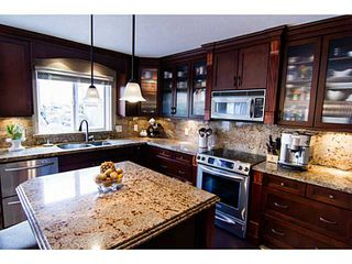 """Photo 3: 8160 DOROTHEA Court in Mission: Mission BC House for sale in """"CHERRY RIDGE ESTATES"""" : MLS®# F1431815"""