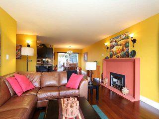 "Photo 3: 204 15070 PROSPECT Avenue: White Rock Condo for sale in ""LOS ARCOS"" (South Surrey White Rock)  : MLS®# F1434056"
