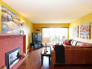 "Photo 2: 204 15070 PROSPECT Avenue: White Rock Condo for sale in ""LOS ARCOS"" (South Surrey White Rock)  : MLS®# F1434056"