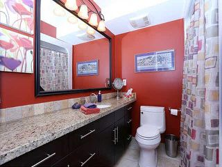 "Photo 8: 204 15070 PROSPECT Avenue: White Rock Condo for sale in ""LOS ARCOS"" (South Surrey White Rock)  : MLS®# F1434056"