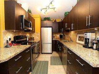 "Photo 4: 204 15070 PROSPECT Avenue: White Rock Condo for sale in ""LOS ARCOS"" (South Surrey White Rock)  : MLS®# F1434056"