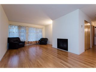 "Photo 5: 210 8400 ACKROYD Road in Richmond: Brighouse Condo for sale in ""LANSDOWNE GREEN"" : MLS®# V1109887"