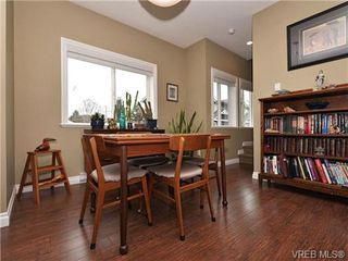 Photo 4: 113 643 Granderson Rd in VICTORIA: La Fairway Row/Townhouse for sale (Langford)  : MLS®# 698748