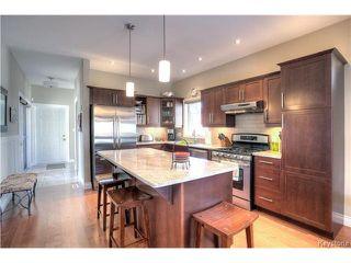 Photo 2: 79 Kentland Road in WINNIPEG: Fort Garry / Whyte Ridge / St Norbert Residential for sale (South Winnipeg)  : MLS®# 1516223