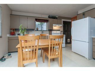 "Photo 4: 5096 208TH Street in Langley: Langley City House for sale in ""NEWLANDS/LANGLEY CITY"" : MLS®# F1444664"