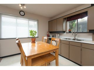"Photo 3: 5096 208TH Street in Langley: Langley City House for sale in ""NEWLANDS/LANGLEY CITY"" : MLS®# F1444664"