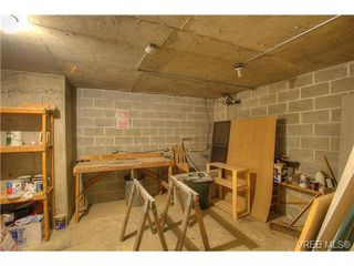 Photo 15: 8 949 Cloverdale Avenue in VICTORIA: SE Quadra Condo Apartment for sale (Saanich East)  : MLS®# 353688