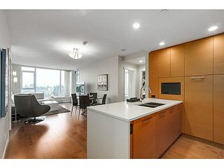"Photo 9: 905 5868 AGRONOMY Road in Vancouver: University VW Condo for sale in ""SITKA"" (Vancouver West)  : MLS®# V1133257"