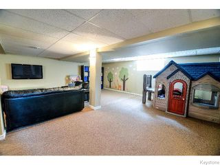 Photo 12: 53 Michaud Crescent in WINNIPEG: St Vital Residential for sale (South East Winnipeg)  : MLS®# 1519073