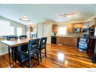 Photo 3: 53 Michaud Crescent in WINNIPEG: St Vital Residential for sale (South East Winnipeg)  : MLS®# 1519073