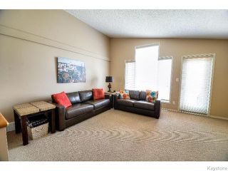 Photo 5: 53 Michaud Crescent in WINNIPEG: St Vital Residential for sale (South East Winnipeg)  : MLS®# 1519073