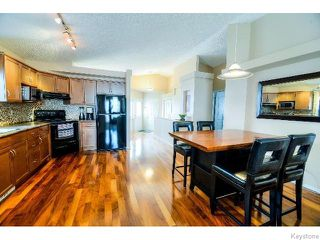 Photo 2: 53 Michaud Crescent in WINNIPEG: St Vital Residential for sale (South East Winnipeg)  : MLS®# 1519073