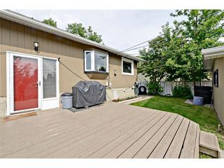 Photo 32: 6304 LACOMBE Way SW in Calgary: Lakeview House for sale : MLS®# C4020490