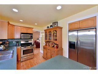 Photo 11: 1644 Denman St in VICTORIA: Vi Fernwood House for sale (Victoria)  : MLS®# 710248